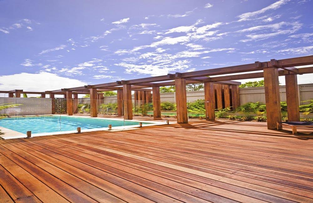Terrasse pour piscine