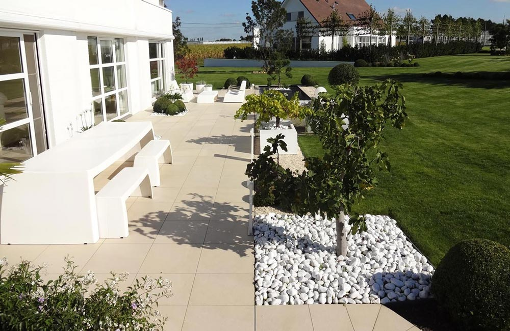 Plot pour terrasse jouplast sp cial dalle 40 65 mm for Plot pour dalle beton